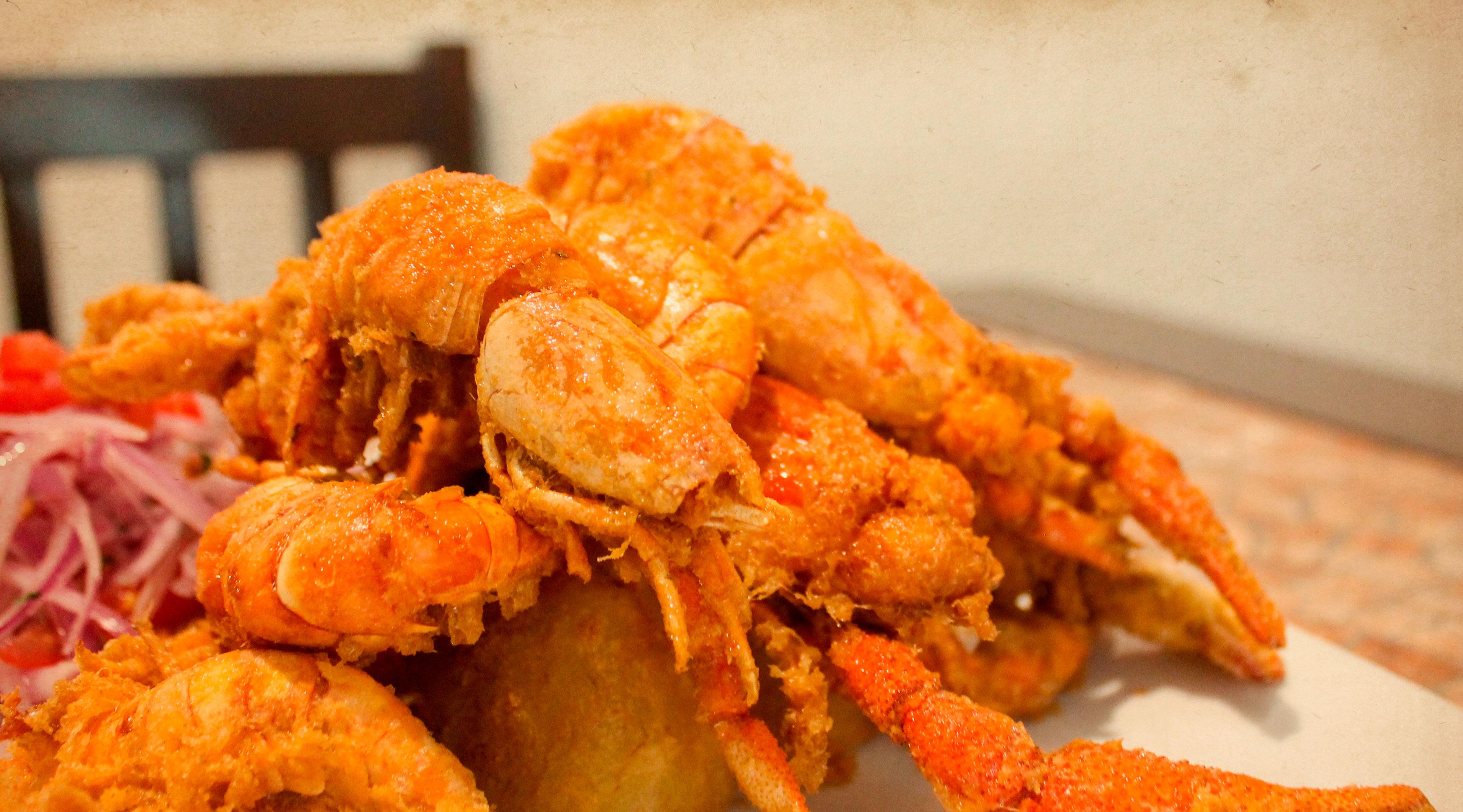 chicharron-de-camarones-restaurante-arequipa